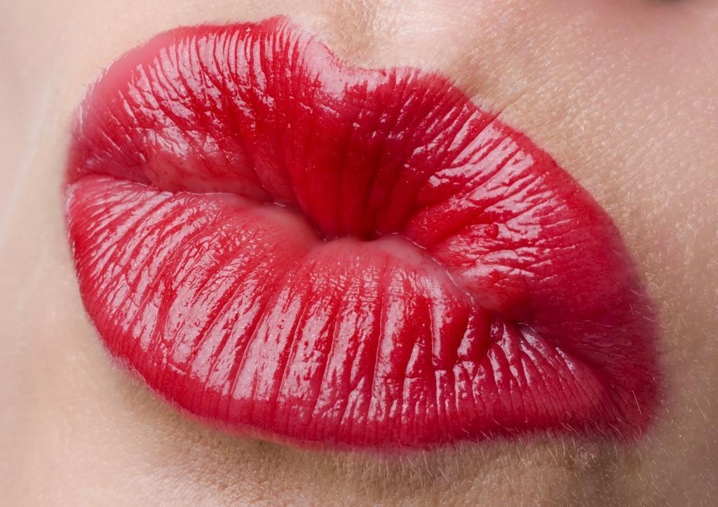 Картинки губ поцелуйчик