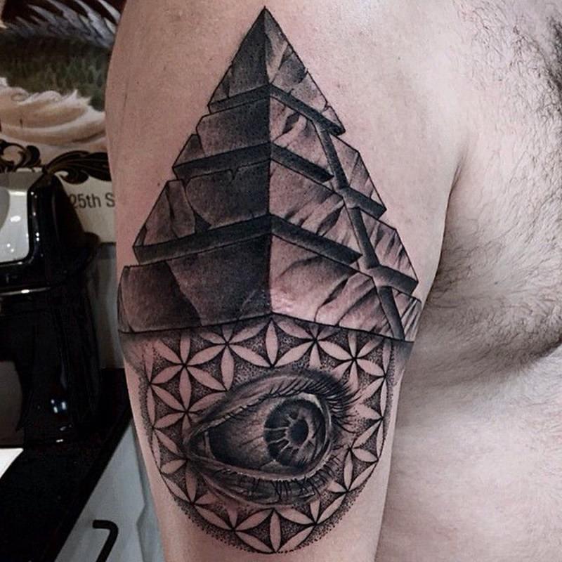 тату пирамиды на шее фото очень внимательна каждому
